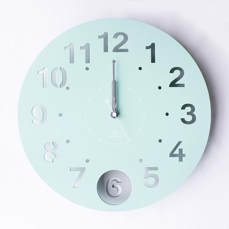 Circle Clock 日本製擺動式壁掛時鐘 Tiffany藍綠