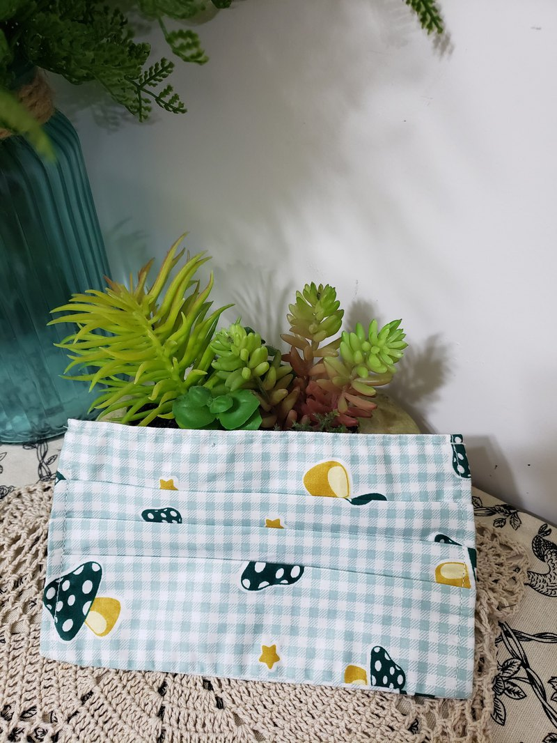 綠色可愛磨姑图案口罩套/更換/可洗/保護
