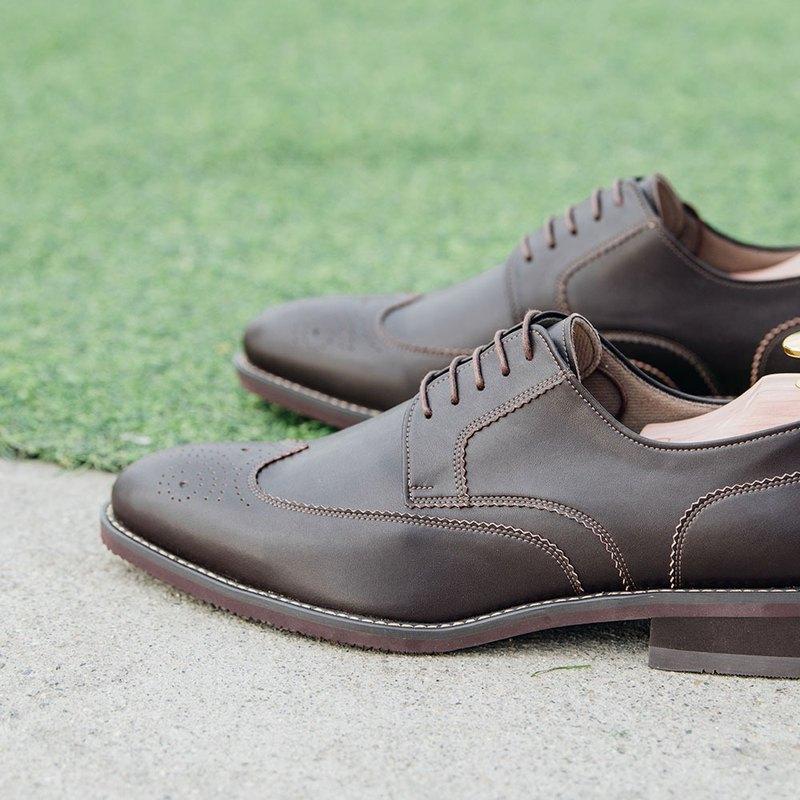 Gullar翼紋雕花德比-素食皮鞋(深咖)