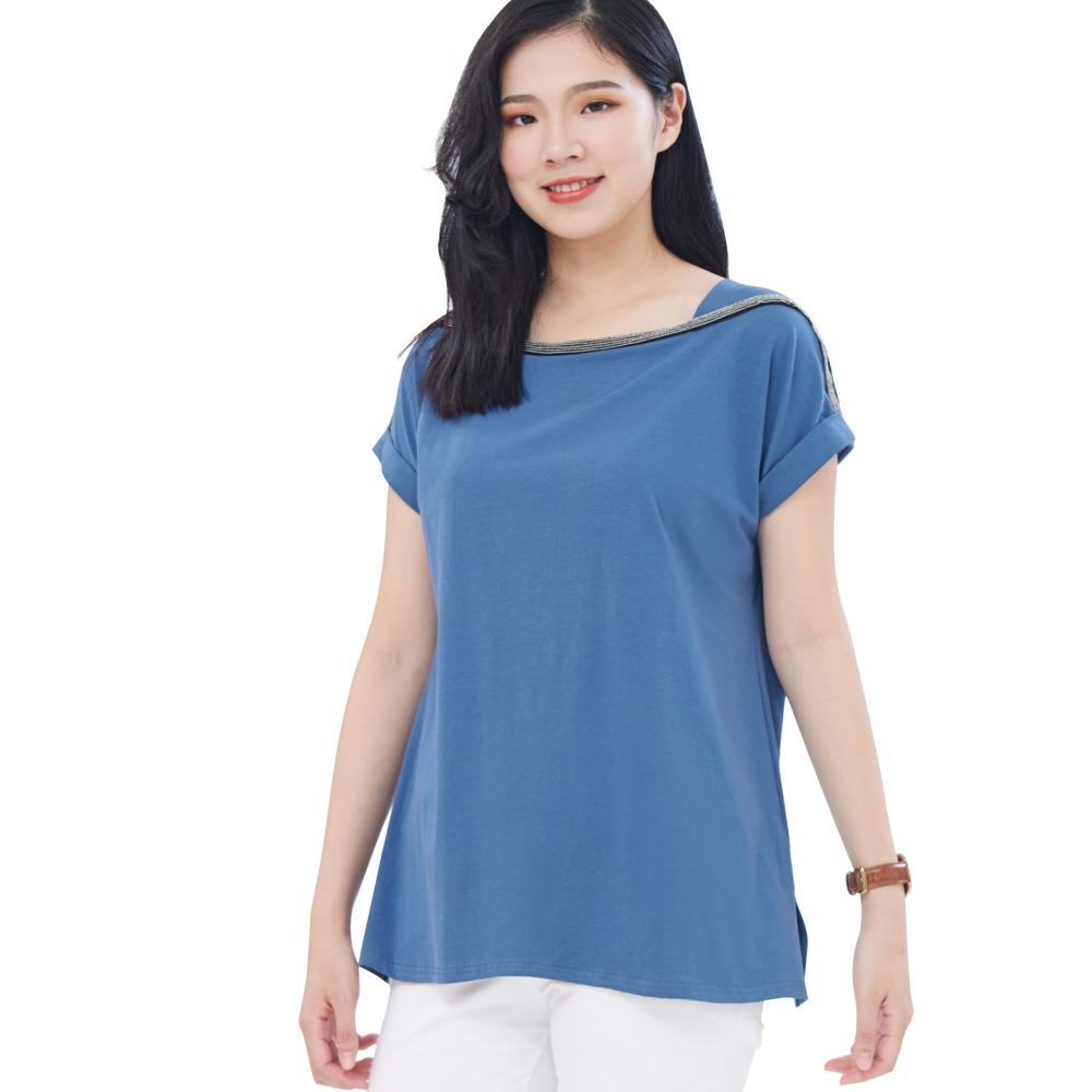 Jumase精梳棉 鏈飾平口領 短袖上衣一淺藍 中大尺碼 (Z18051756)