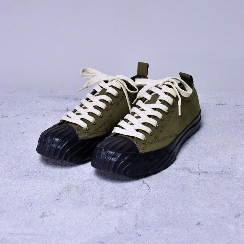 EVAN 雨季不怕防水鞋 墨綠設計女鞋 休閒 文青 重訓  台灣製造