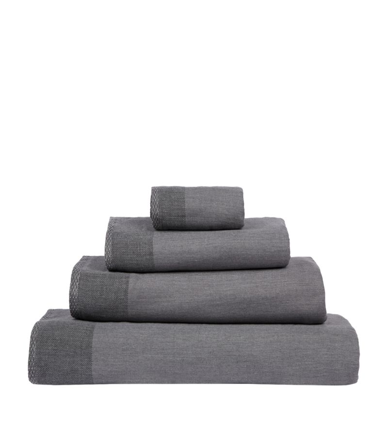 Uchino Zen Bath Towel (70Cm X 140Cm)