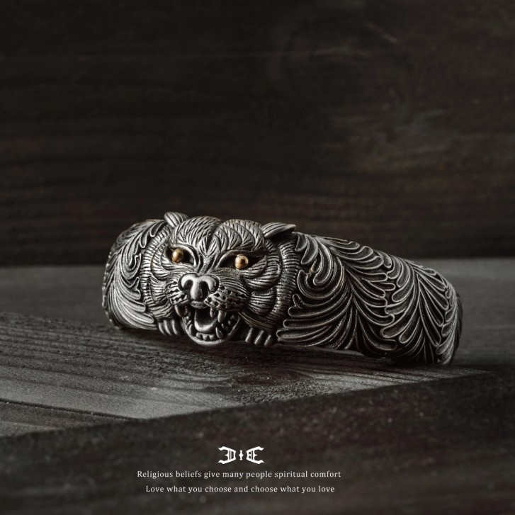 【JK銀飾】臥虎/925純銀【手環、man】