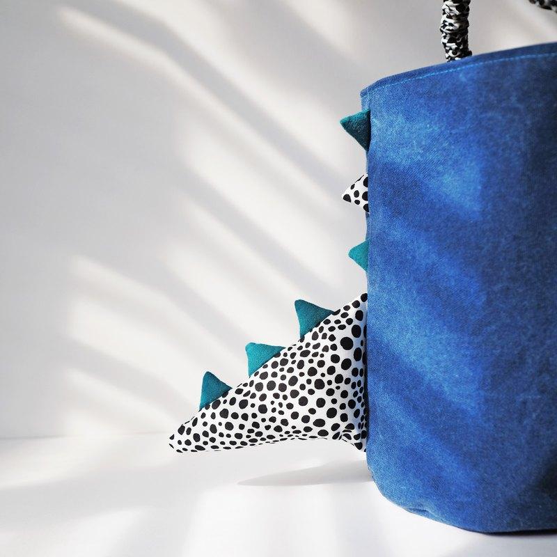 恐龍尾巴圓筒手提包 / 藍