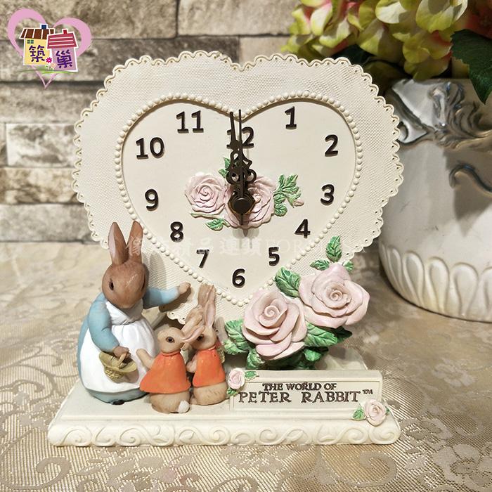 《正版授權》彼得兔媽媽拼布靜音桌鐘 【Peter Rabbit 彼得兔】