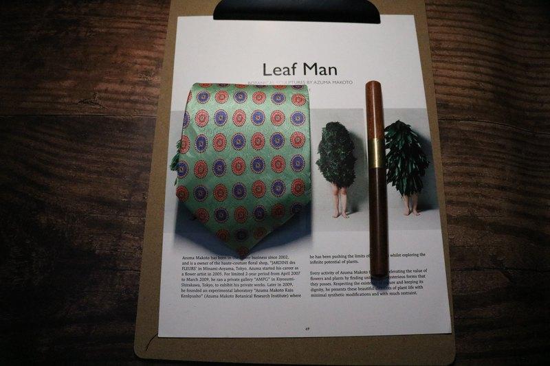 果綠色復古宮廷風花紋商務休閒印花領帶