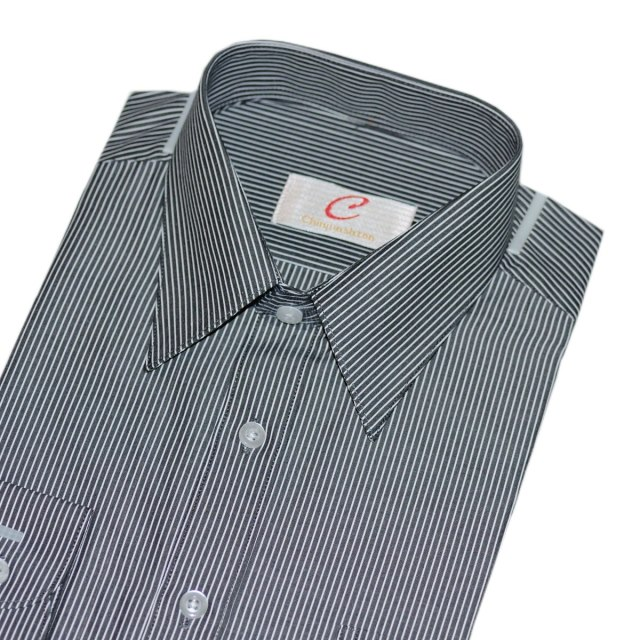chinjunshton 細纖維抗皺商務襯衫、黑底細白線條
