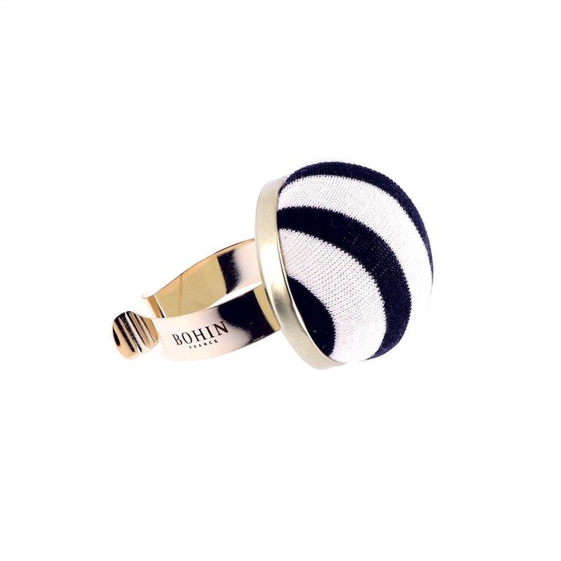 法國Bohin鍍金夾手腕針插-針織藍白條紋