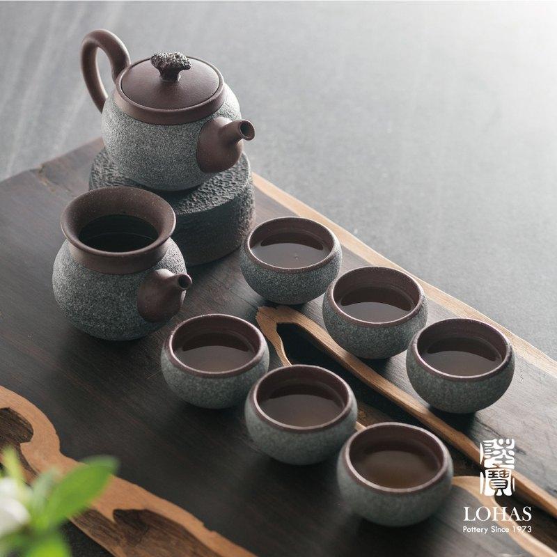 岩藏觀海茶組  海洋意像 樸實無華 獲金點設計獎