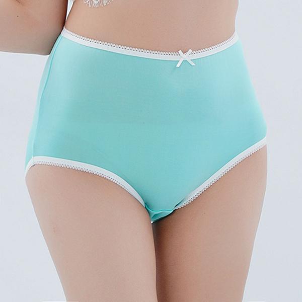 闕蘭絹 高腰粉嫩色系親膚舒適蠶絲內褲-88903(綠)