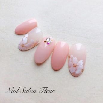 桜 清楚ネイル