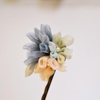 つまみ細工風・お花のピン留め