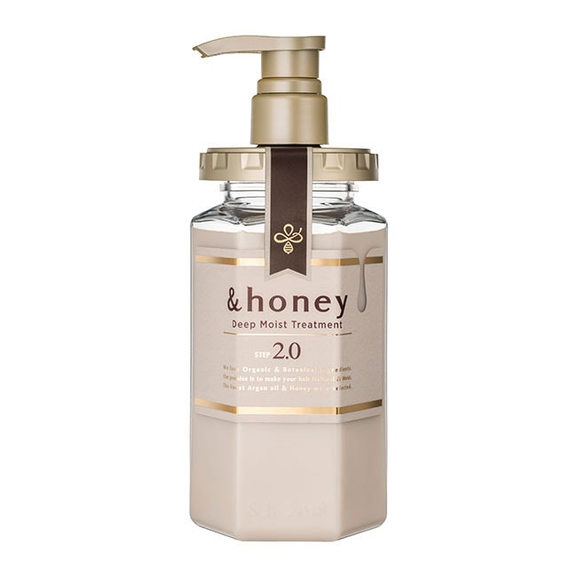 詳細介紹 1.蜂蜜-豐富的維他命B2.B6和維他命C、菸鹼醯胺、多酚可以維持光滑的髮質 2.蜂王漿-給予受損髮質深層的滋養潤澤 3.摩洛哥堅果油-豐富的維他命E、脂肪酸和各種營養物,可以保養皮膚、改善
