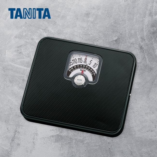 詳細介紹 黑色面板 質感佳. 指針旋轉鈕可設定身高量測同時顯示BMI體型判別 測量範圍: 0-120kg 分度值: 0kg100kg/500g; 100kg-120kg/1kg 顯示屏大小: 80mm