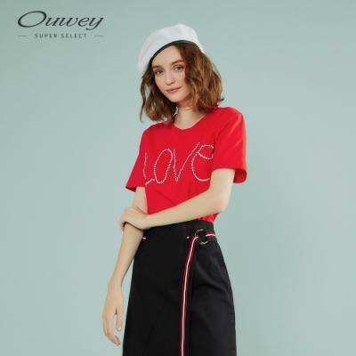 OUWEY歐薇 休閒感字母鑽飾純棉上衣(黑/紅)