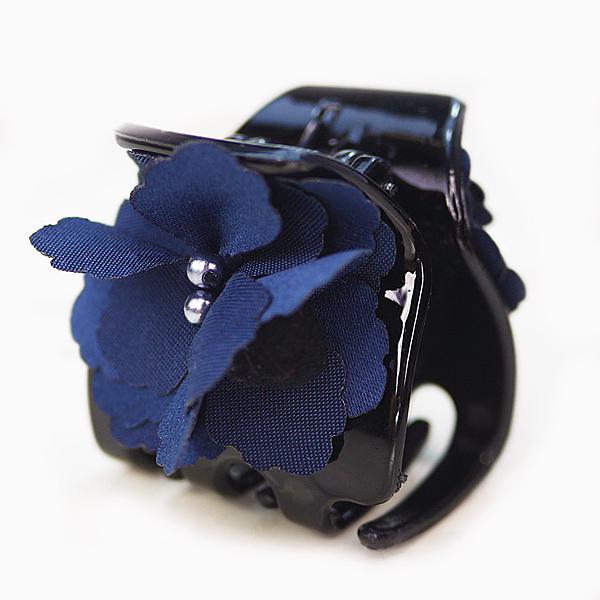 【粉紅堂 髮飾】甜美花朵珠珠毛球抓夾 *深藍 / 灰色 / 粉紫*