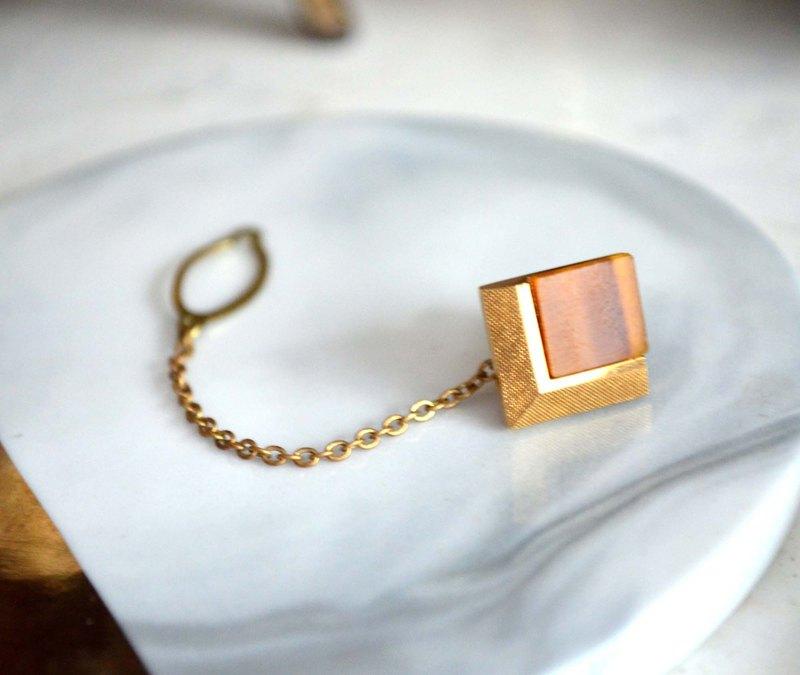 方型貓眼石水晶石領帶針胸針 高貴優雅 日本二手中古珠寶首飾古著