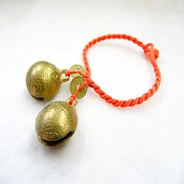 【Ruby工作坊】「直購價,銅鈴+錢幣+紅中國結」NO.35S神獸脖子上招財兩銅鈴一件(加持祈福)