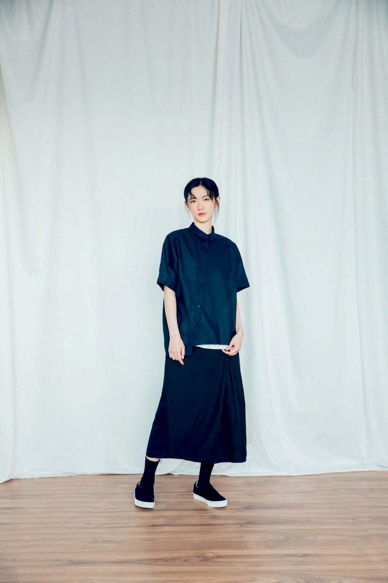 無垠維度 單片斜釦褲裙 (黑/灰) Organic Cotton