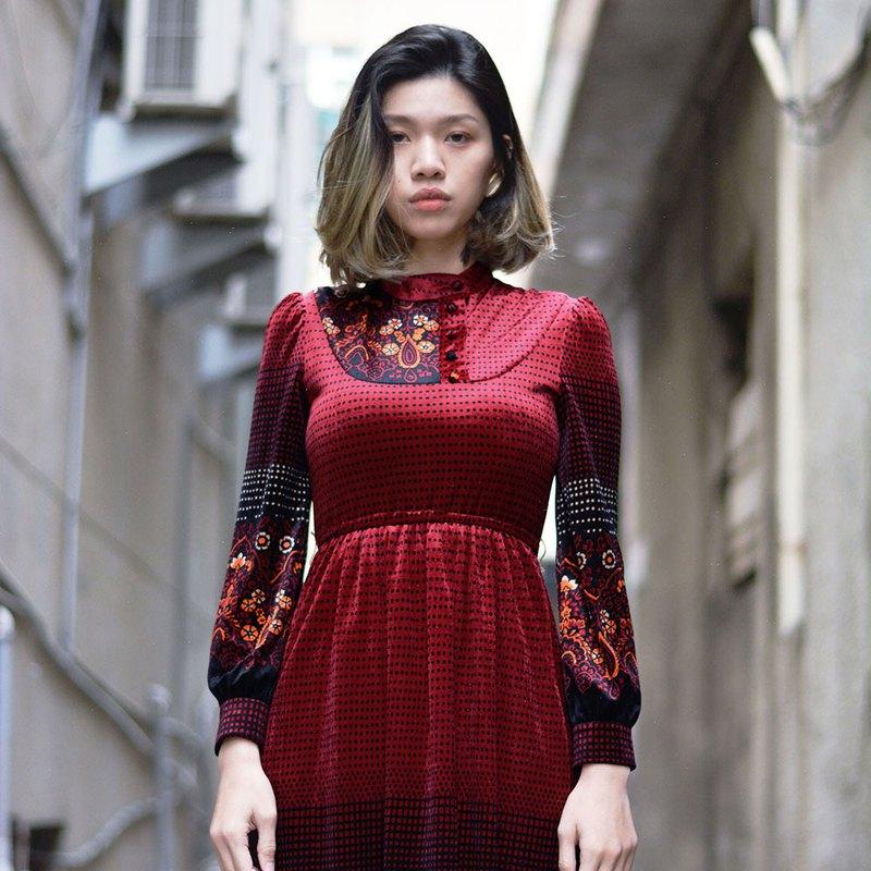 洋綻   |  古著洋裝