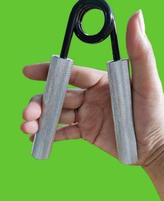 力大運動器材~100磅握力器/金屬握力器/手指握力器/專業練手力/練臂肌/腕力手勁/復健訓練/男士女士手指指力鍛鍊器