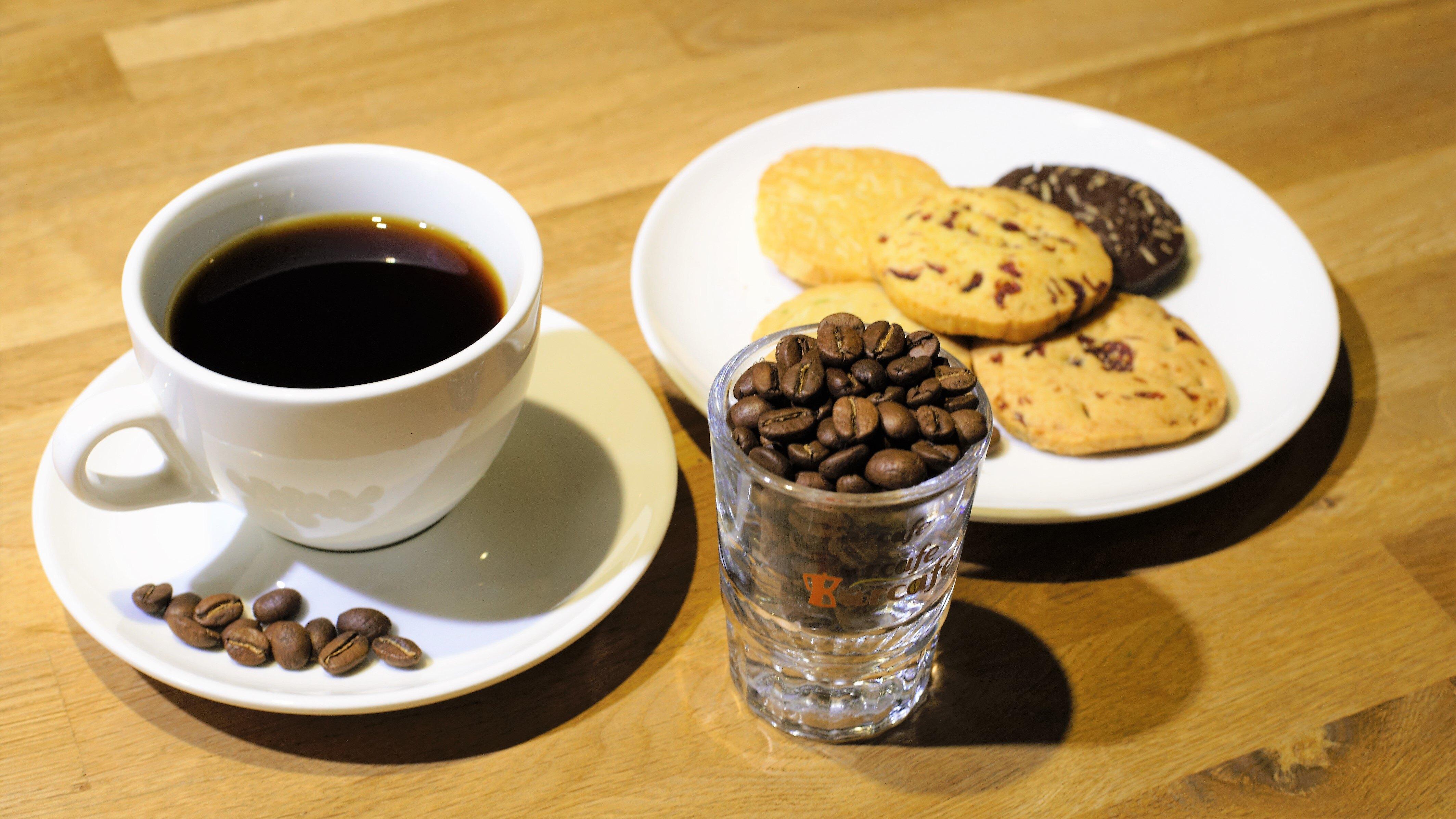 下午茶優惠組合 家庭號手工健康餅乾(560g)  半磅咖啡(227g)