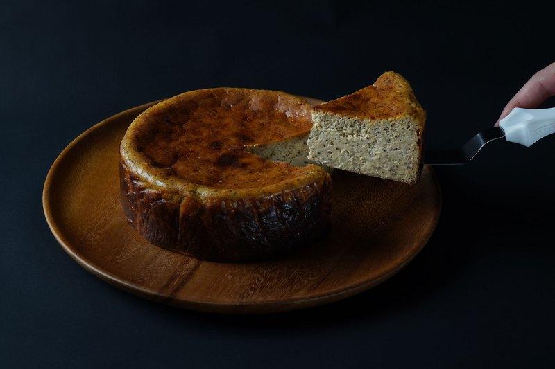 大吉嶺夏摘紅茶巴斯克乳酪蛋糕-起司控必吃濃醇香的kiri乳酪