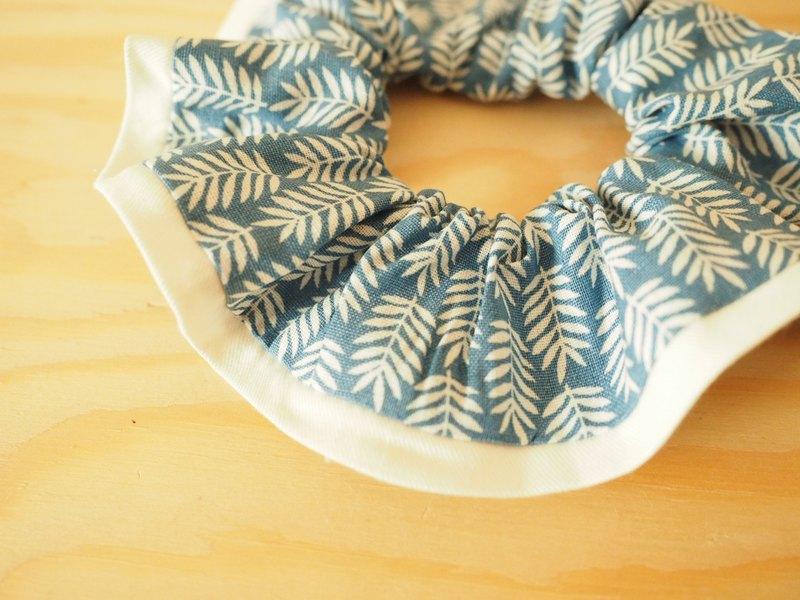 手作布藝髮圈 藍色樹葉