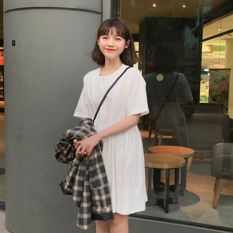 【HOT 本舖】日系少女 襯衫洋裝 短袖圓領 純色簡約 夏季新款 收腰 A字裙 寬版顯瘦 學院風 簡約時尚 小清新