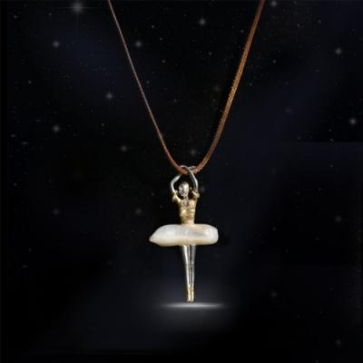 東方美學異形珍珠芭蕾少女925純銀吊墜項鍊-設計所在