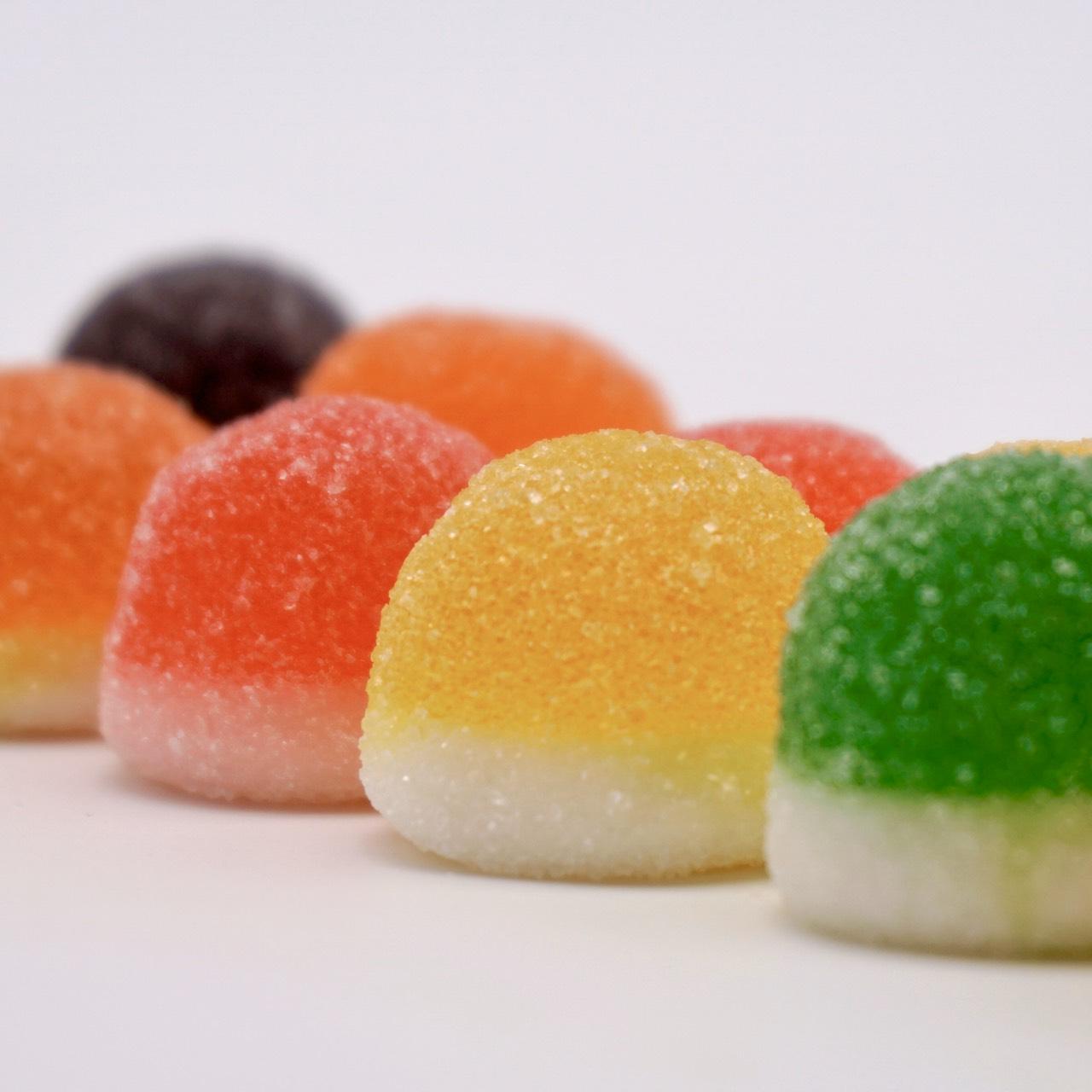 嘴甜甜 雙層水果包 200公克 水果包系列 果汁軟糖 捷克 百靈造型QQ糖 糖果 軟糖 QQ糖 現貨