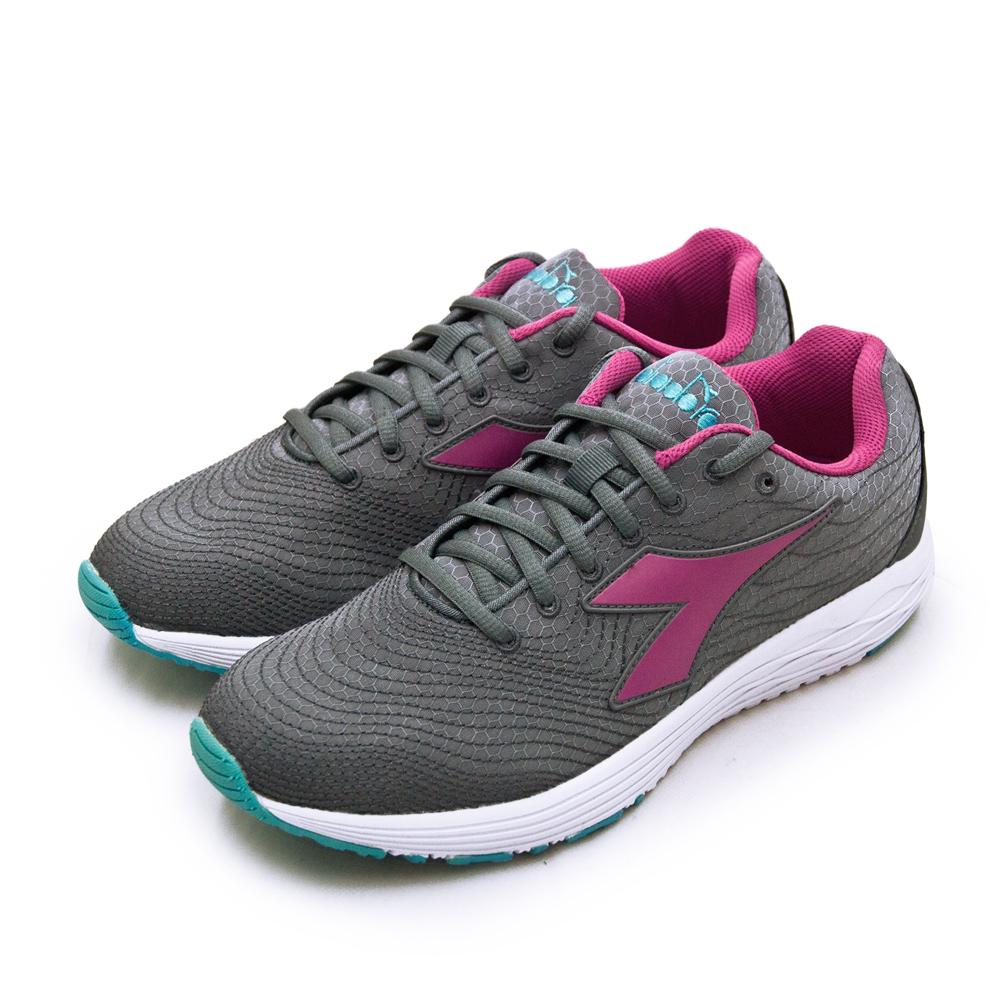 【女】DIADORA 迪亞多那  防潑水輕量慢跑鞋 FLAMINGO 4 WIN系列 灰紫藍 174890-C6004