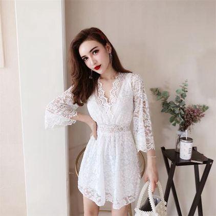 洋裝 夏秋新款時尚V領女神范氣質蕾絲7分袖性感收腰短款連衣裙女潮