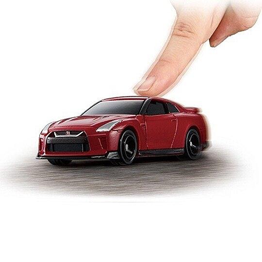 〔小禮堂〕TOMICA小汽車 NISSAN電動GT-R跑車《01.紅》公仔.玩具.模型 4904810-10495