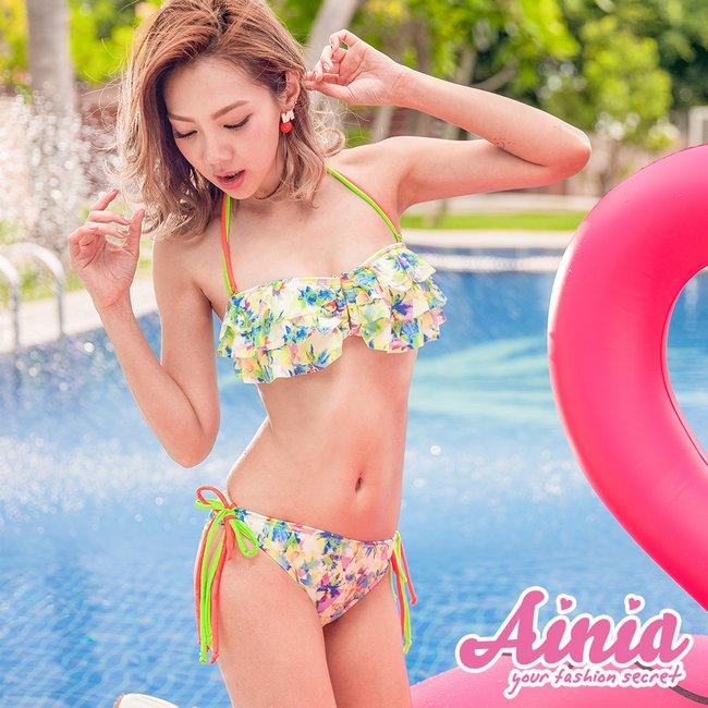 【首購免運費】華麗舞姿 清新綁帶豐胸兩件式泳衣 M-L AINIA