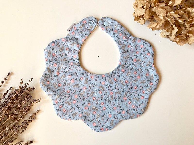 藍底小花 寶寶六層紗花型後扣圍兜