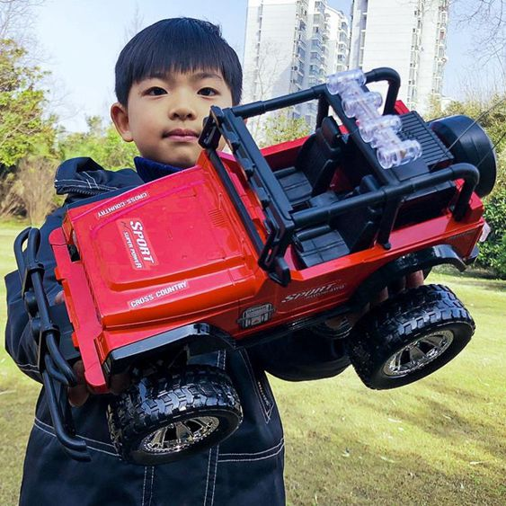 遙控車遙控車越野車超大燈光耐摔充電動遙控汽車兒童男孩玩具車飄移模型
