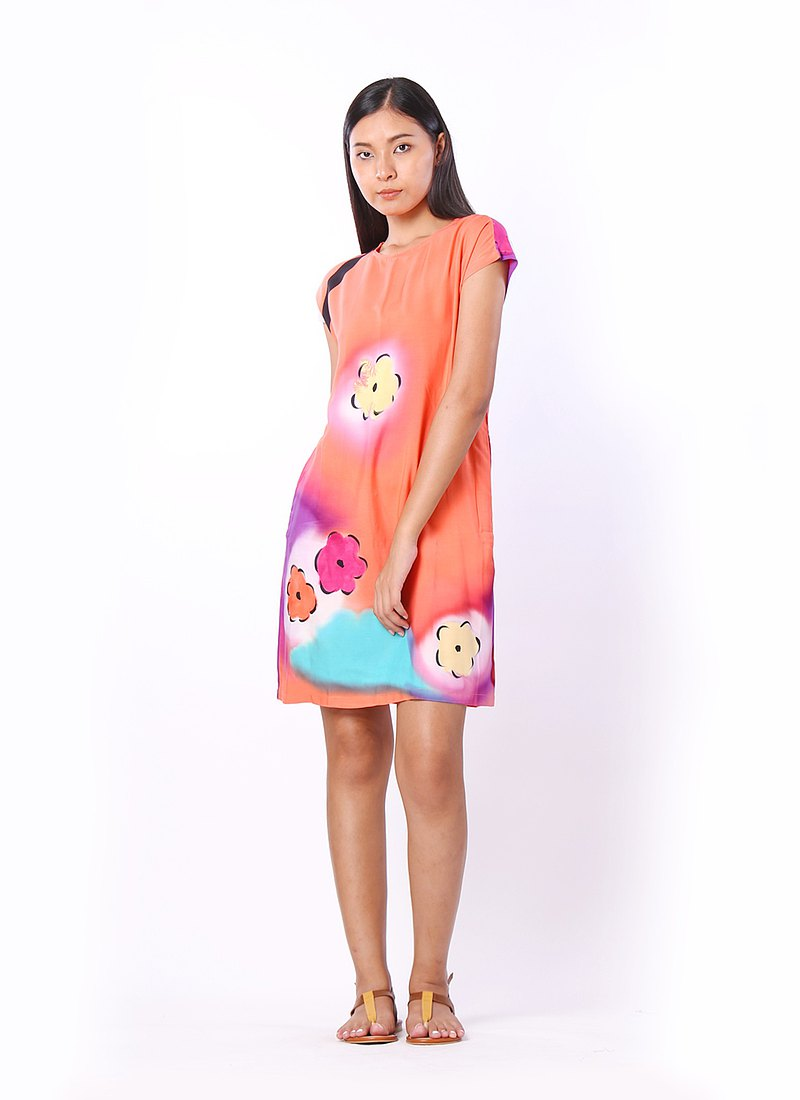 短裙 / 短袖連衣裙 S,M,L,XL