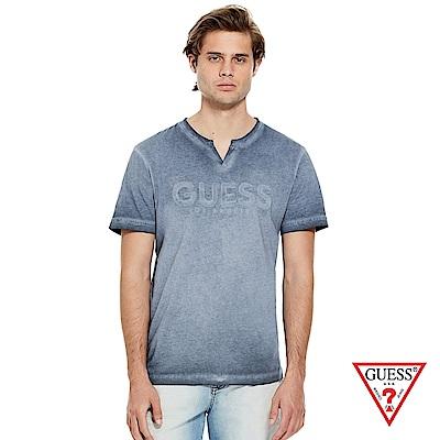 GUESS-男裝-V領經典LOGO短T,T恤-藍 原價1690