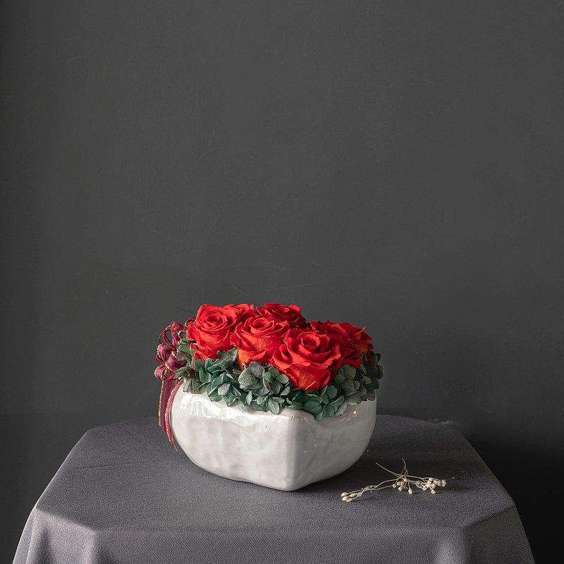 【一人成班】愛戀滿滿玫瑰花禮 附下午茶