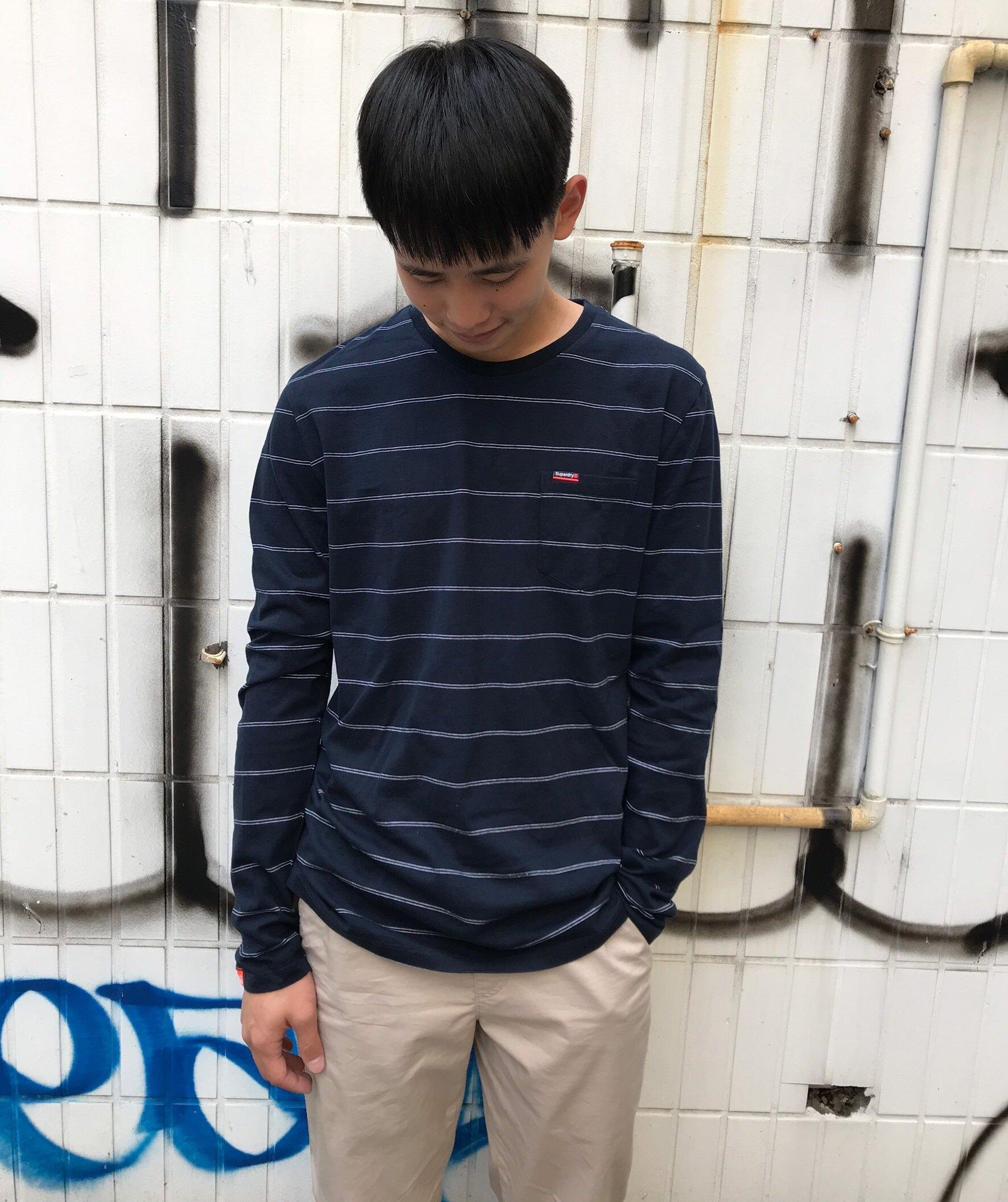 Superdry 極度乾燥 男款 簡約刺繡 經典圓領素色長袖T恤 英國正品現貨-海軍藍條紋