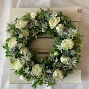 白いバラとデージーの爽やかでナチュラルなリース 玄関飾り お部屋のインテリア お店のインテリア プレゼント ご結婚祝い