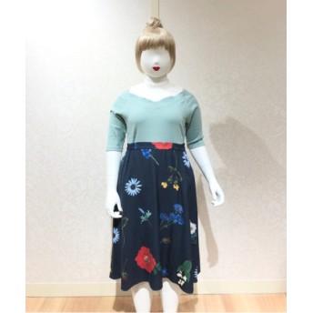 CHUBBY CURVY (Lサイズ) 【CHUBBY CURVY (Lサイズ)】ボタニカルフラワープリントスカート ネイビー 1(13-15)号