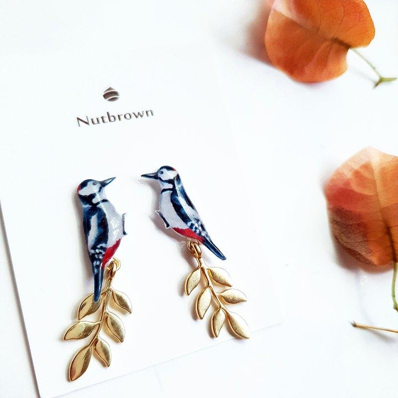 鳥兒系列-啄木鳥 葉子耳環/耳夾