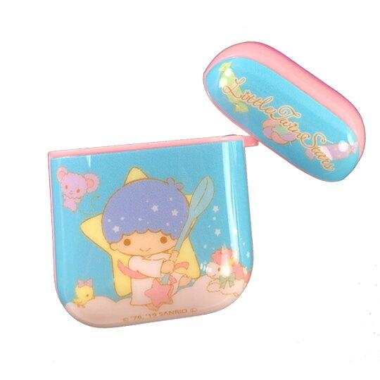【領券折$30】小禮堂 雙子星 Apple Airpods 保護殼 藍牙耳機盒 保護套 裝飾殼 (藍 手杖)