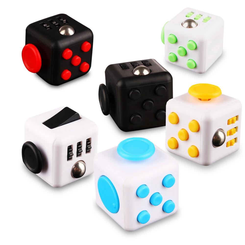 (一組2入)fc03療癒款舒壓方塊(fidget cube)(顏色隨機) (copy)