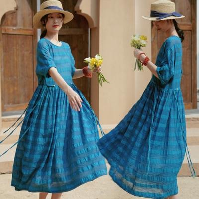 柔滑飄逸色織絲麻藍色條紋洋裝大襬長裙-設計所在