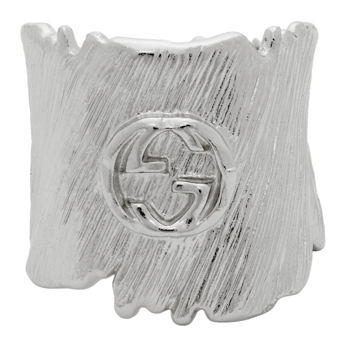 Gucci 银色互扣式 G 戒指