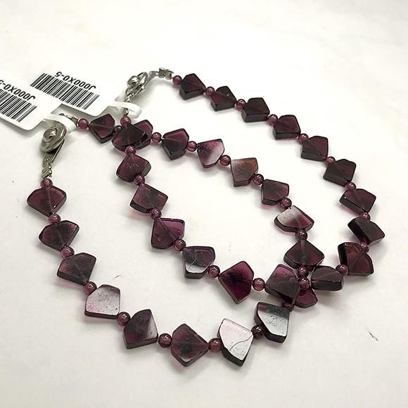 『晶鑽水晶』天然紅石榴手鍊 鑽石型 片狀 強化海底輪 招桃花 紫牙烏 女生飾品 多圈手鍊