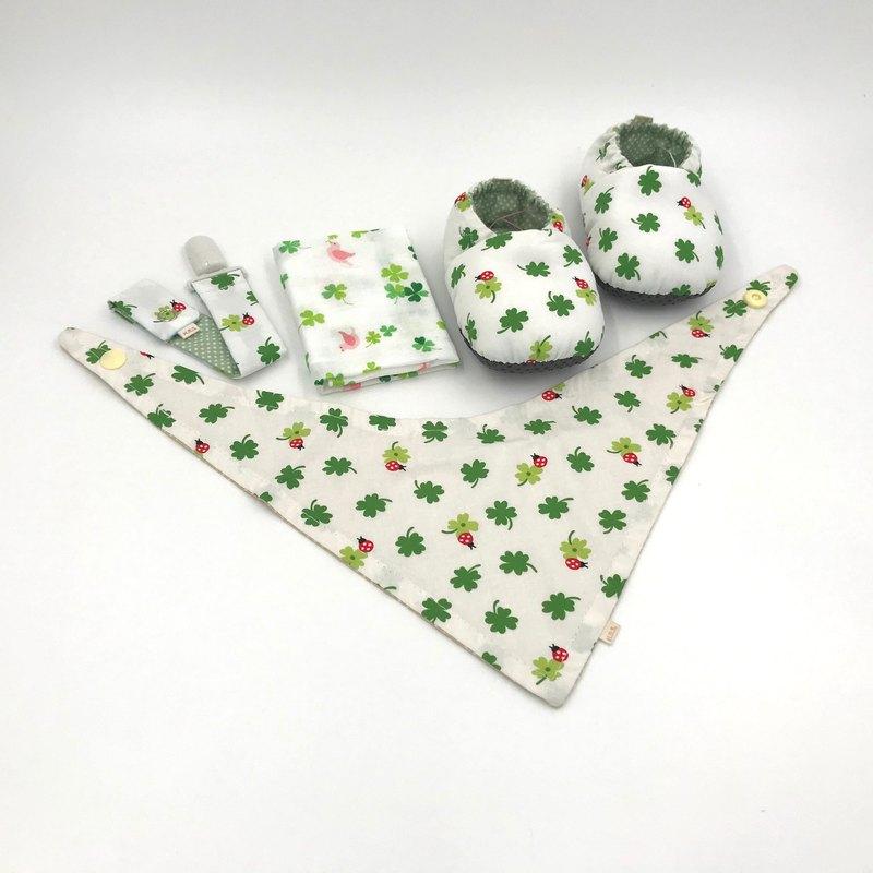 瓢蟲幸運草-彌月禮盒(學步鞋+奶嘴夾+領巾+手帕)